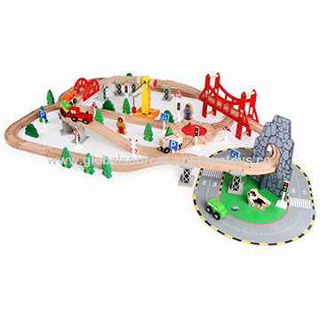 China Wooden Train Tracks Toys For Kids