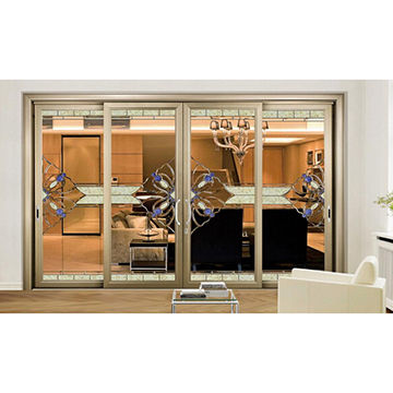 El plano emergió la puerta de aluminio del vidrio del marco de la ...