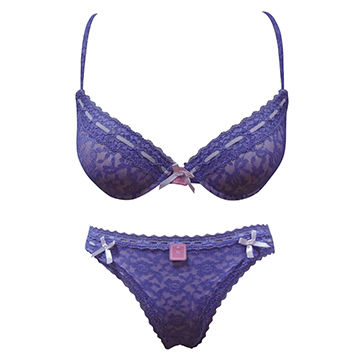 8b3a41f804a China Ladies underwear of bra and panties in romantic purple color ...
