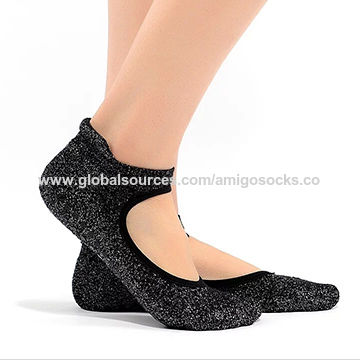 ... China Best Non slip Yoga socks for barre and pilates