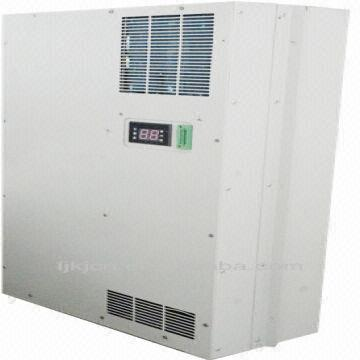 ... China 1200W IP23/IP55 Door Mounted Air Conditioner