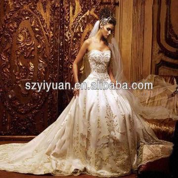 ... China Elegant Sweetheart Beaded Heavy Embroidery Wedding Bridal Dress  2013 Lace Up