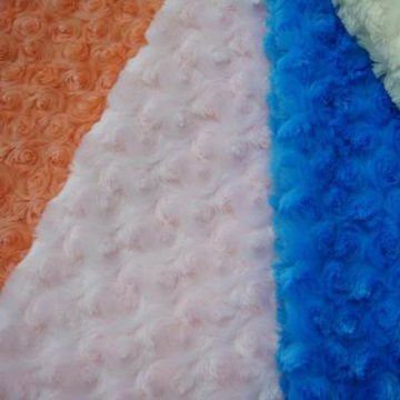 China Rose Design PV Plush Fabric with Polyester Composition