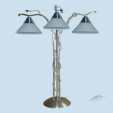 3 Bulb Table Lamp With Solid Metal Frame Global Sources