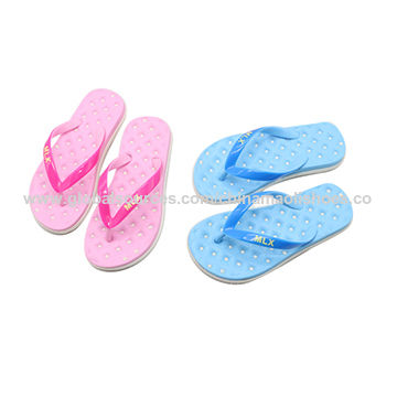 38be4ab14e79 China Beach shoes latest ladies sandals massage slippers new designs flat  sandals ...