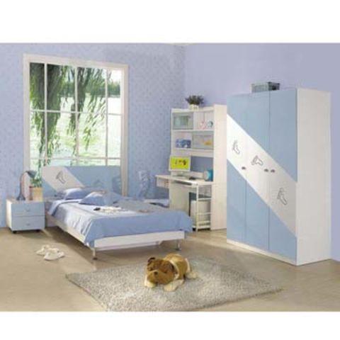 China Wooden Bedroom Set, Comprising Bed, Bedside Cabinet, Desk and ...