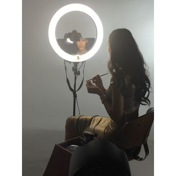 China LED ring light for portrait youtube video shooting