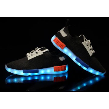 67ad815cede98 China New yeezy design shoe sneakers led lighting