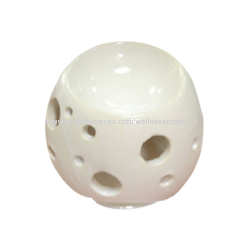 China Roundshaped ceramic oil burner for home decoration on