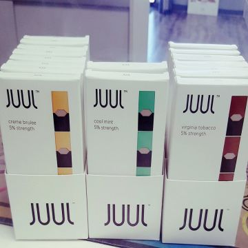 Juul Starter Kit New with 4 Pods and Charger   Global Sources