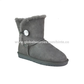 1efdcff88 China Most popular women's snow boots classical double-faced sheepskin ...