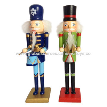 china promotional gift wooden play nutcrackers soldier toy