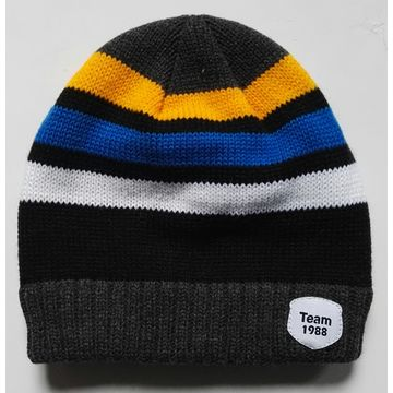f1fb3593e09 Knitted hat