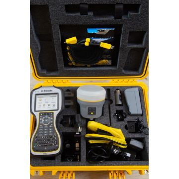 Trimble R10 GNSS set with TSC3 and Access 2017 20 | Global