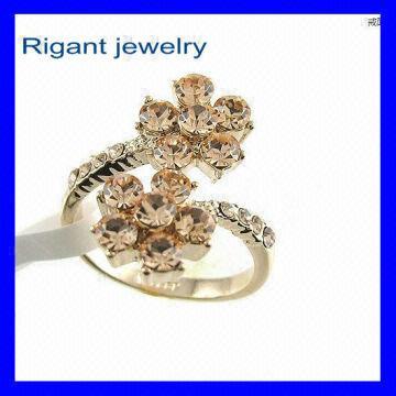 Flower Shap Rigant Wedding Jewellery Ring Sterns Wedding Rings