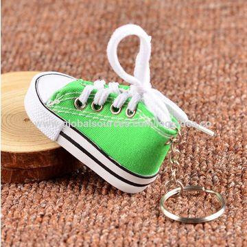 80f783b067b7c Novelty mini canvas sneaker keyring 3D tennis shoe chucks keychain ...