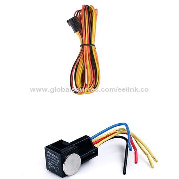 China Cheap Vehicle gps trackers quad band universal in the world, with motion sensor (TK121)