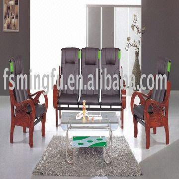 ... China Solid Wooden Frame Leather Sofa Mf A82