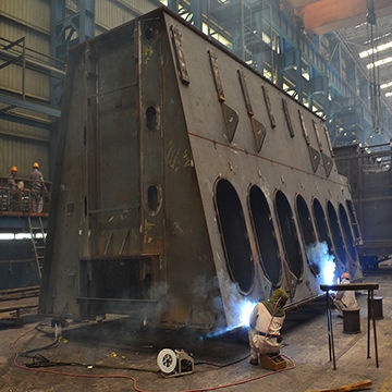 Manufacturing manufactory welded metal structures for mechanical engineering and metalworking