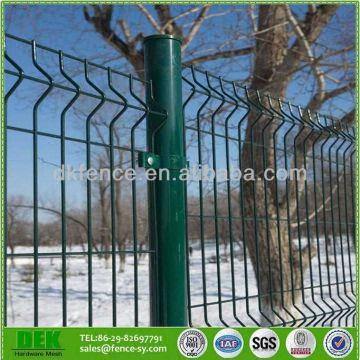 Cheap Galvanized Green Vinyl Coated Welded Wire Mesh Fence | Global ...