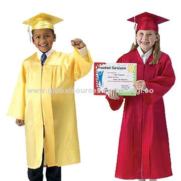 Graduation Gown Set Global Sources