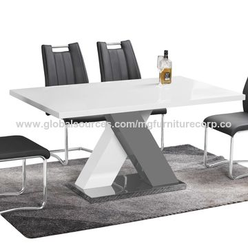 China MDF with white color high gloss lacquered dining table