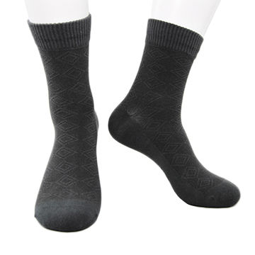 3155231aef5 China Wholesale fashion custom made man dress athletic socks antimicrobial  dry fit sport football sock ...