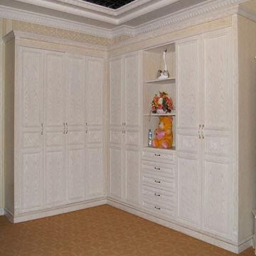 ... China Solid Wood Wardrobe Wooden Wardrobe Closet Classic Wardrobe