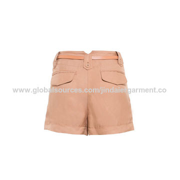 China Women shorts made of 68%viscose 32%linen