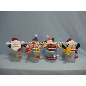 Christmas wall and hanging cute figurine decoration