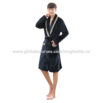 3f8c19d1a8 China Double-sided Plush Customized Made Homewear Faux Fur Bathrobes ...