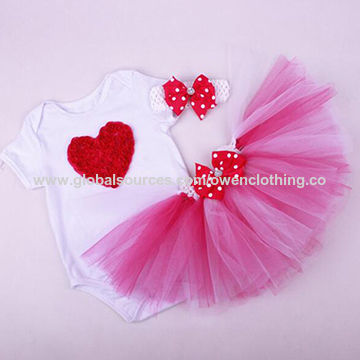 f178e2b48cd3 China Baby romper clothing set baby tutus with short-sleeved T ...