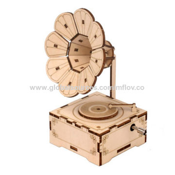 China Wooden Music Box Hand Crank Classic Antique Carved Wood Musical Boxes Birthday For Kids On Global Sources Diy Wooden Musical Box Hand Musical Boxes Freemake Music Box