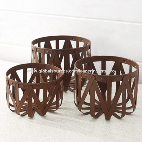 small decorative metal basket birds and flowers china.htm china metal basket planters from quanzhou manufacturer quanzhou  china metal basket planters from