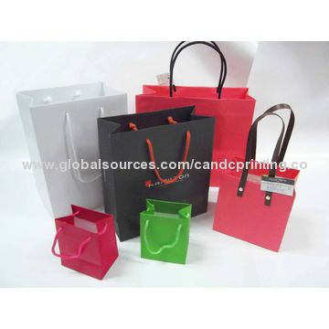 China Promotional paper bag, customized prints and sizes