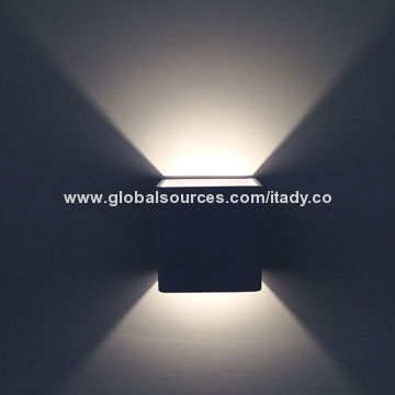 China Modern Decorative LED Wall Sconces Light CE , RoHS , UL Approved