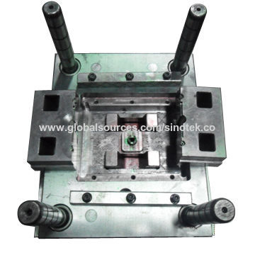 China Precision plastic injection mold from Shenzhen