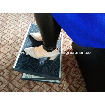 China Hot sale ergonomic office supply metal massage adjustable footrest