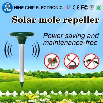 Ultrasonic Bird Repellent , Safe Fox and Mice Scarer