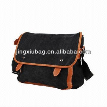 8d2f3bd025 black messenger bags