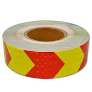China Industrial Honey Comb Prismatic Reflective Arrow Design Tape