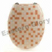 China Resin Toilet Seat with Chrome-plated Brass Hinges