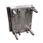 Custom-made Mold Making Services for Plastic Parts, Includes Designing, Manufacturing