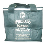 China Cooler Bag with Foam/Foil Lining, Made of Non-woven Fabric