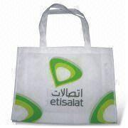Reusable Shopping Bag with Silkscreen Printing, Made of Nonwoven Fabric, Good for Promotions