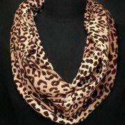 Ladies' Printed Scarf in New Design, Made of Polyester, Available in Various Colors
