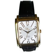 Fashionable Watch with Zinc-alloy or Brass Case and PU Leather Bend