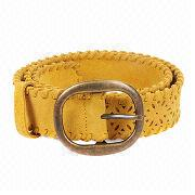 Camel leather belt with chic metal square buckle