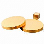 Imán heteromórfico con la superficie dorada