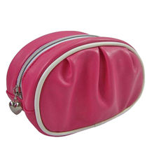 China New Design PVC Cosmetic and Beauty Bag, Silver Nylon Zipper and Suitable for Promotional Purposes